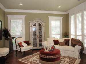 Baldwin Living room after